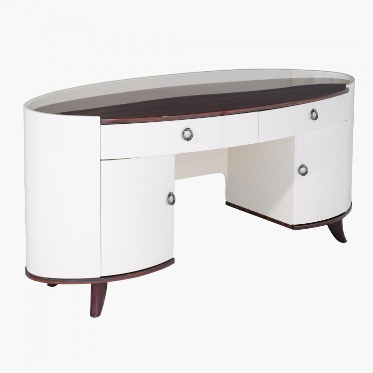 Benetton Dresser